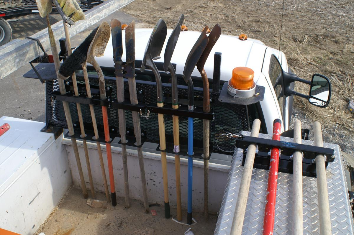 D lock tool racks jones mfg for Home construction organizer